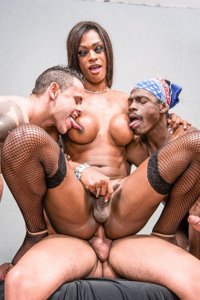 fotos de travestis negros